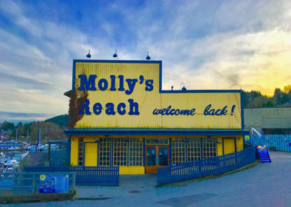 Molly's Reach Waterfront Restaurant